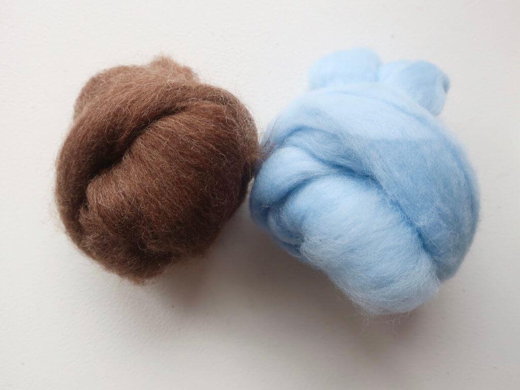 ペットの骨壷カバーの羊毛
